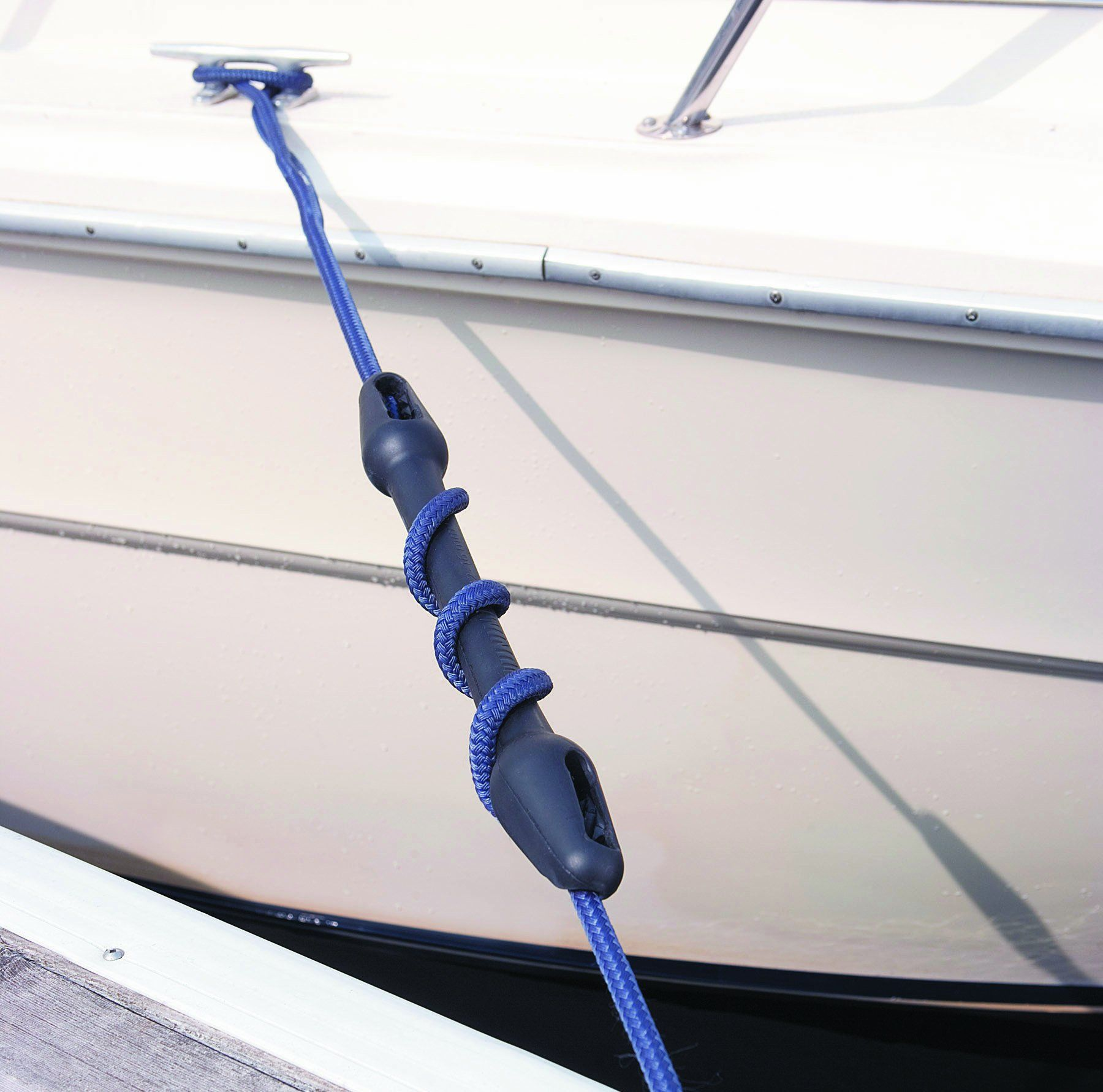 Amazon.com : Dock Edge + Inc. 7/16-5/8-Inch Boat Mooring Snubber (12-16 mm) : Boating Equipment : Sports & Outdoors