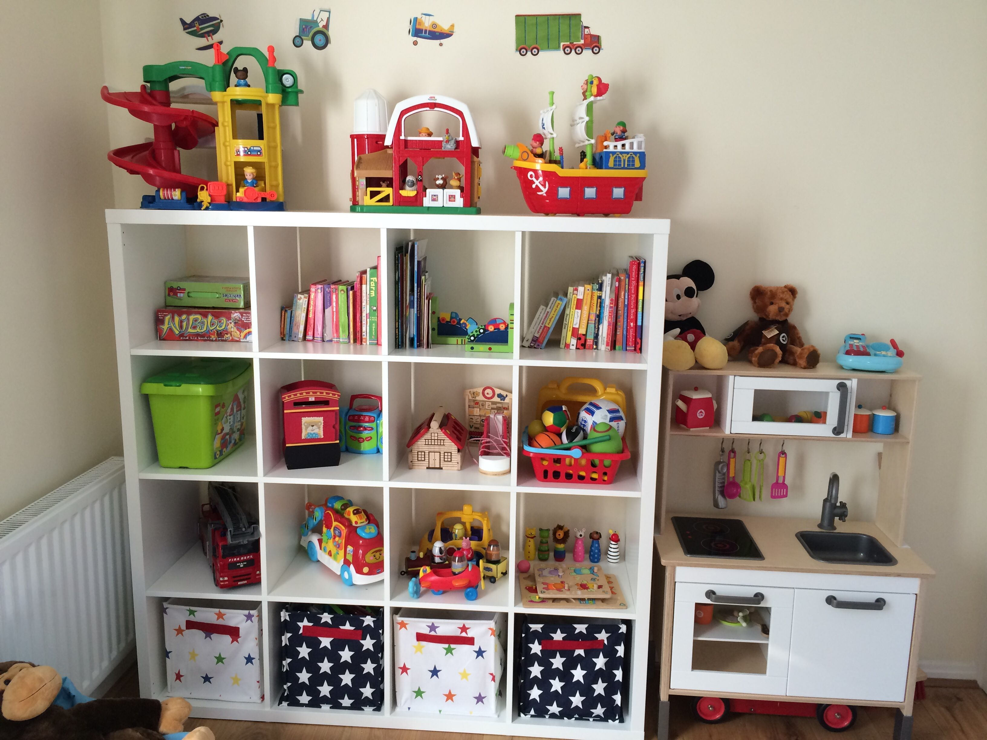 Kallax Children S Storage To Organize Your Kid S Books And Stuffs