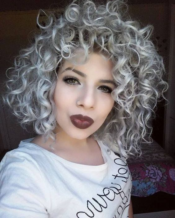 42 Curly Hairstyles That Can Perk Up Your Style Quotient