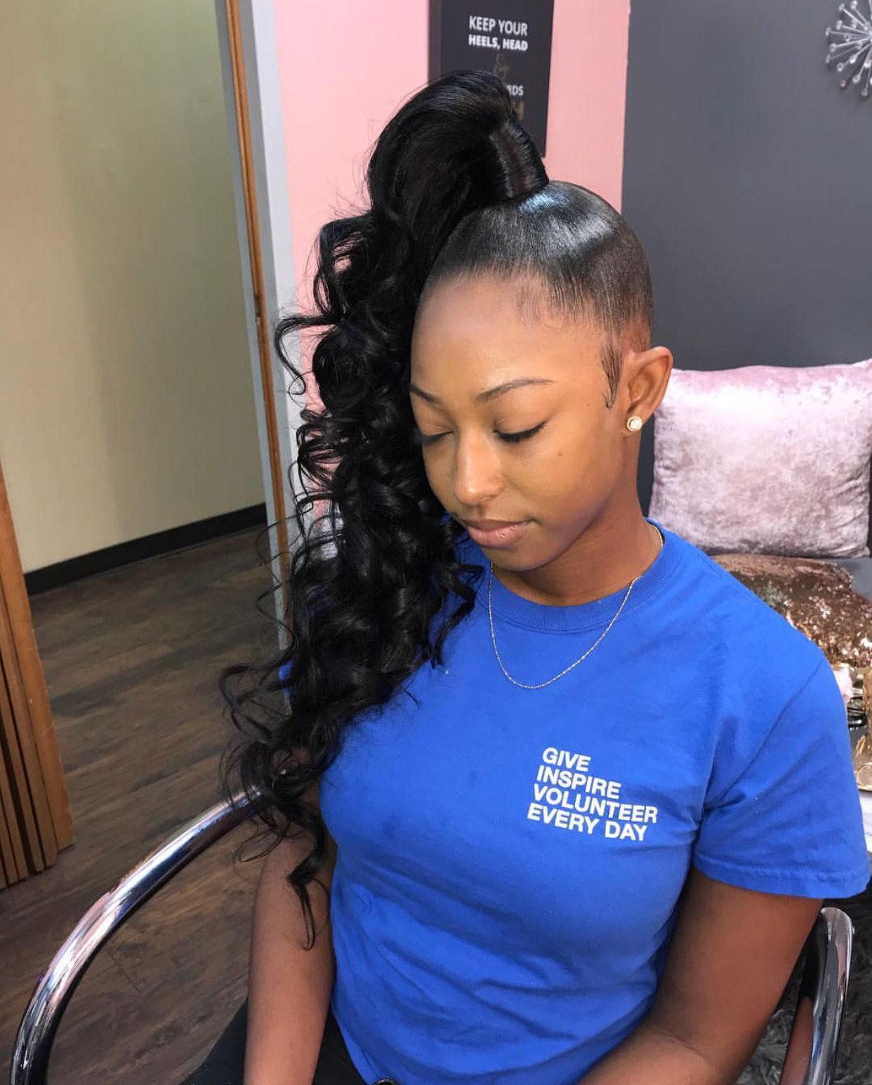 Follow Tropic M For More Instagram Glizzypostedthat High Ponytail Hairstyles Side Ponytail Hairstyles Ponytail Styles