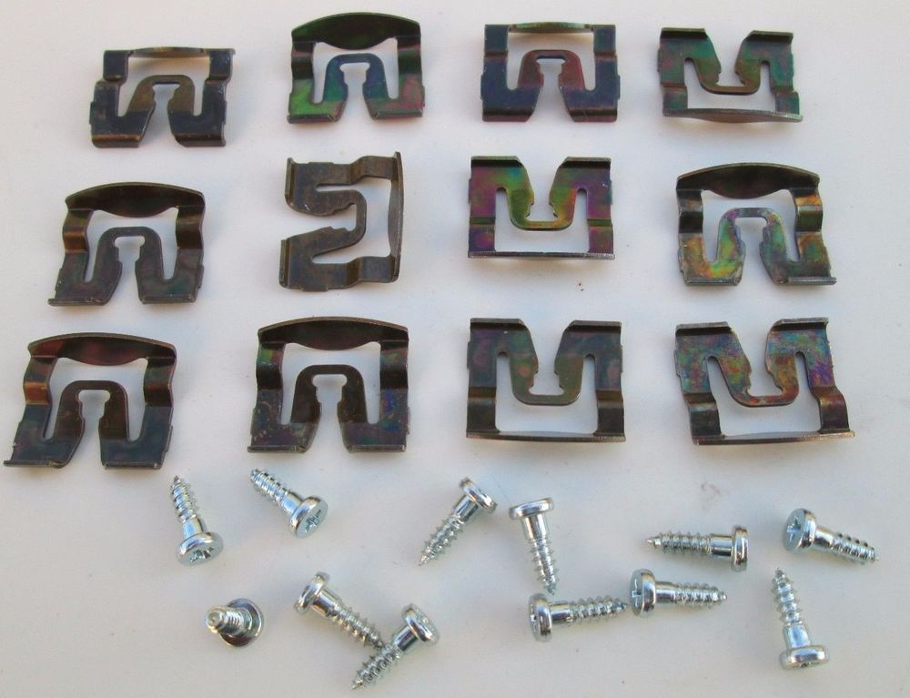 Ford Door Trim Panel Fasteners Wire Clips Retainers 383003-S101 20