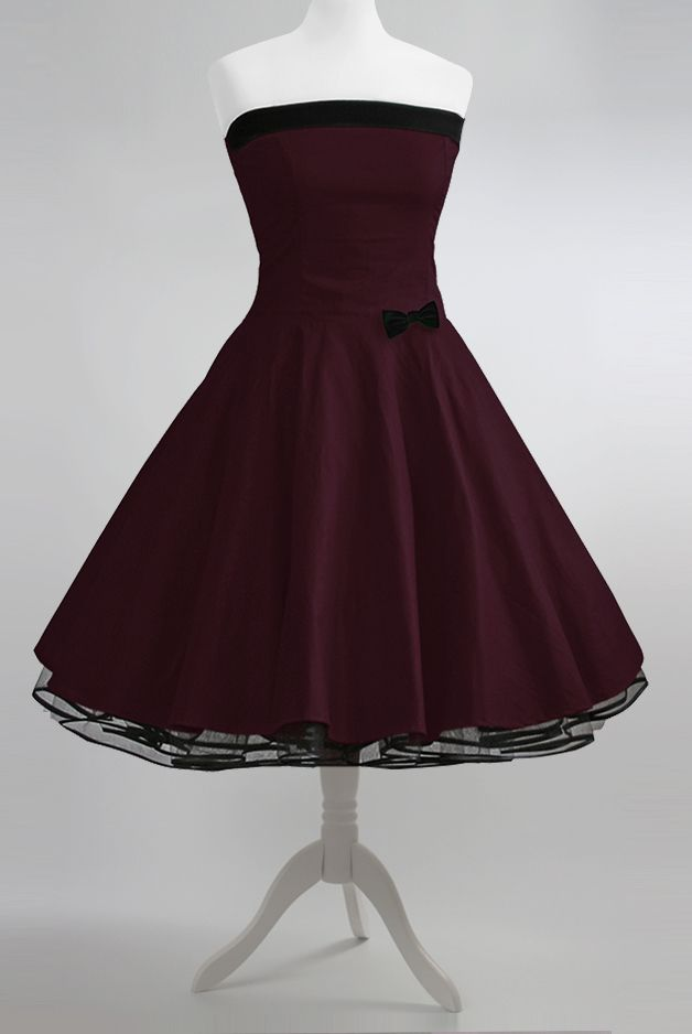 Bordeaux farbenes langes kleid