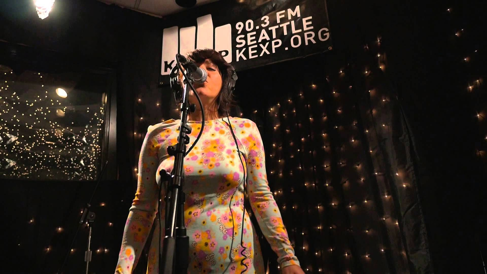 Elastic Bond - In Your Eyes (2013) (Live on KEXP)