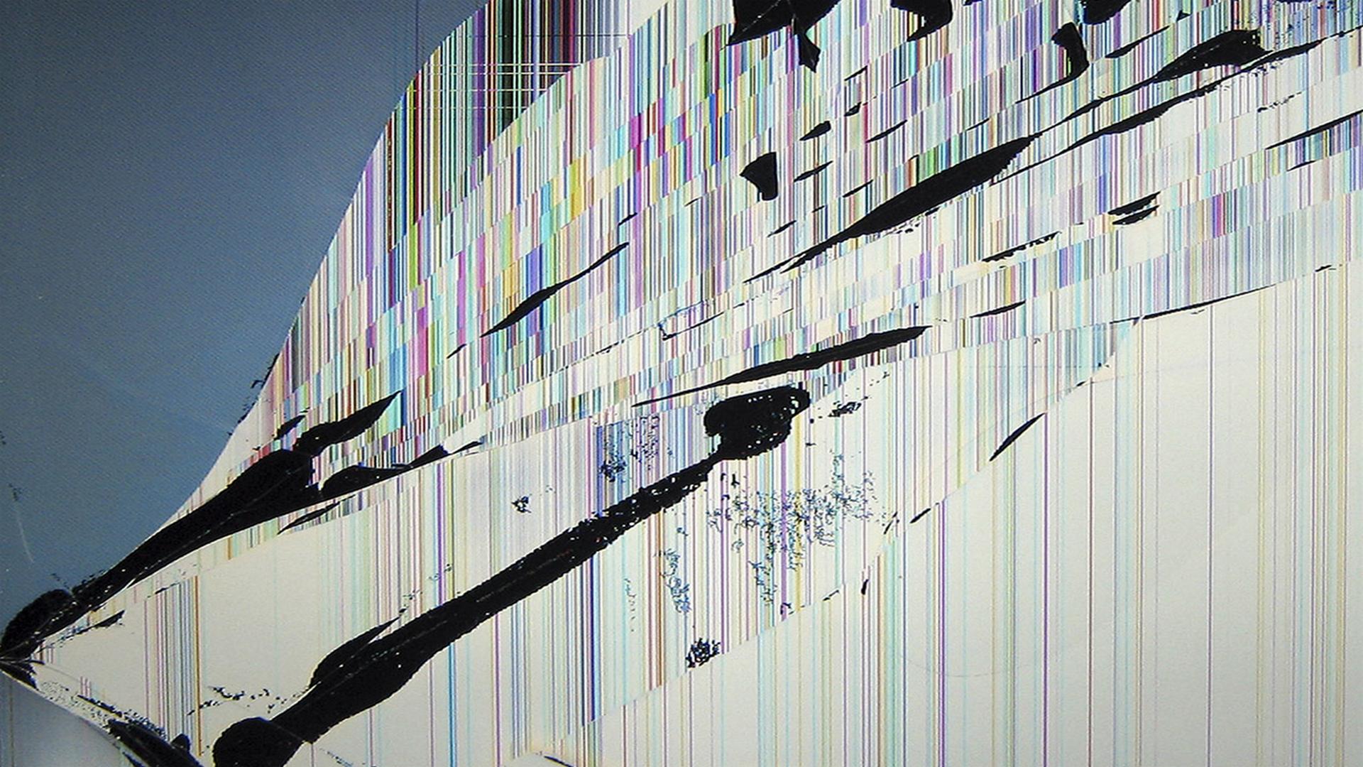 6 Broken Screen Wallpaper Prank For Iphone Ipod Windows And Mac Broken Screen Wallpaper Screen Wallpaper Hd Screen Wallpaper