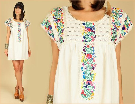 White Boho Vintage Style Hand Embroidered Tunic Mexican Dress Hippie Puebla