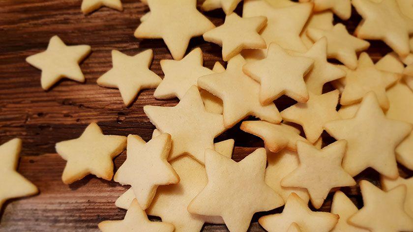 Zarte Butterplätzchen - Das Grundrezept #kekseweihnachtenkinder