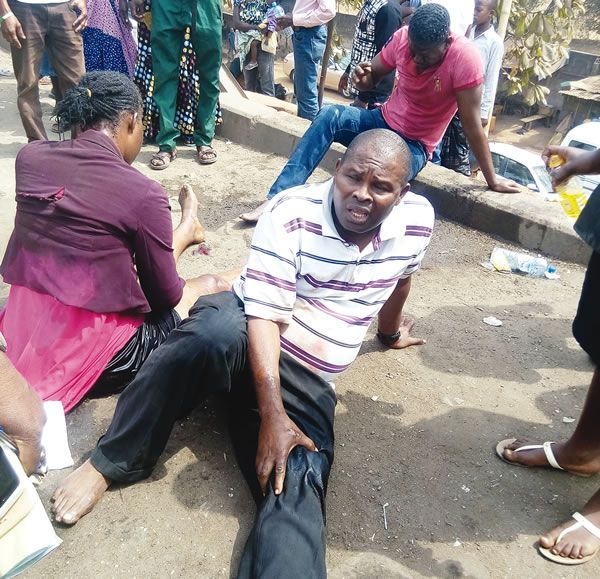 Welcome To Ike Martins Blog: Vehicle crushes seven commuters at bus stop
