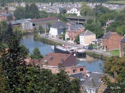El río Sambre a su paso por la ciudad valona de Thuin