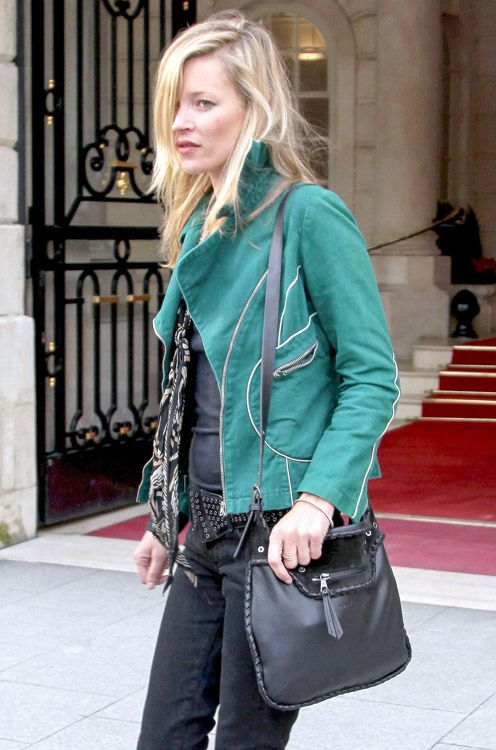 efb135c14bf9 Kate occasionally carries the Kate Moss x Longchamp Glastonbury Shoulder Bag