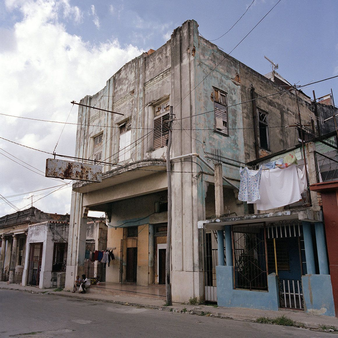 The Modern Lives Of Cuba's Old Movie Theaters