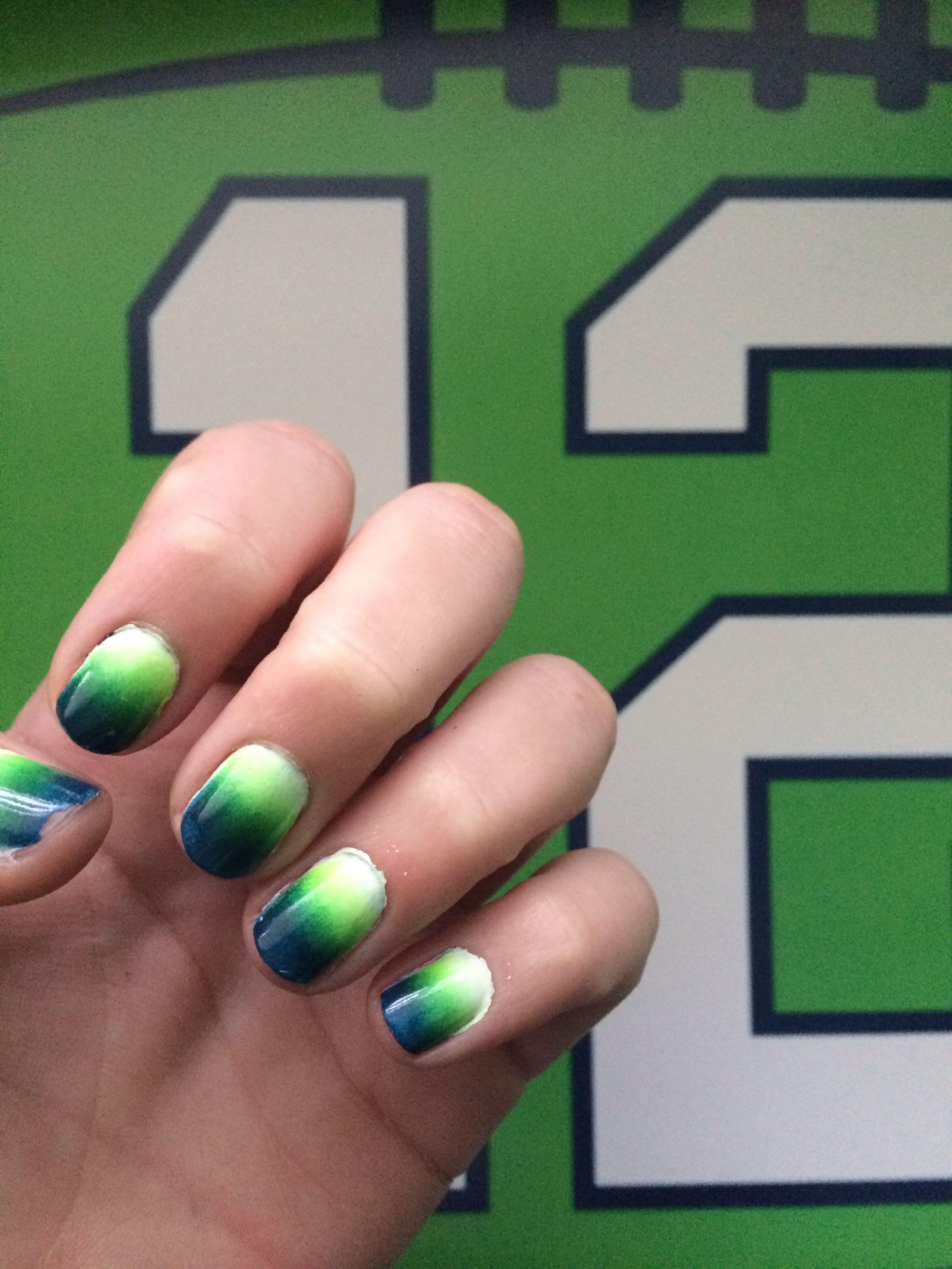 Seahawk nails!!! love the ombre!! must try for SUPERBOWLhttp ...