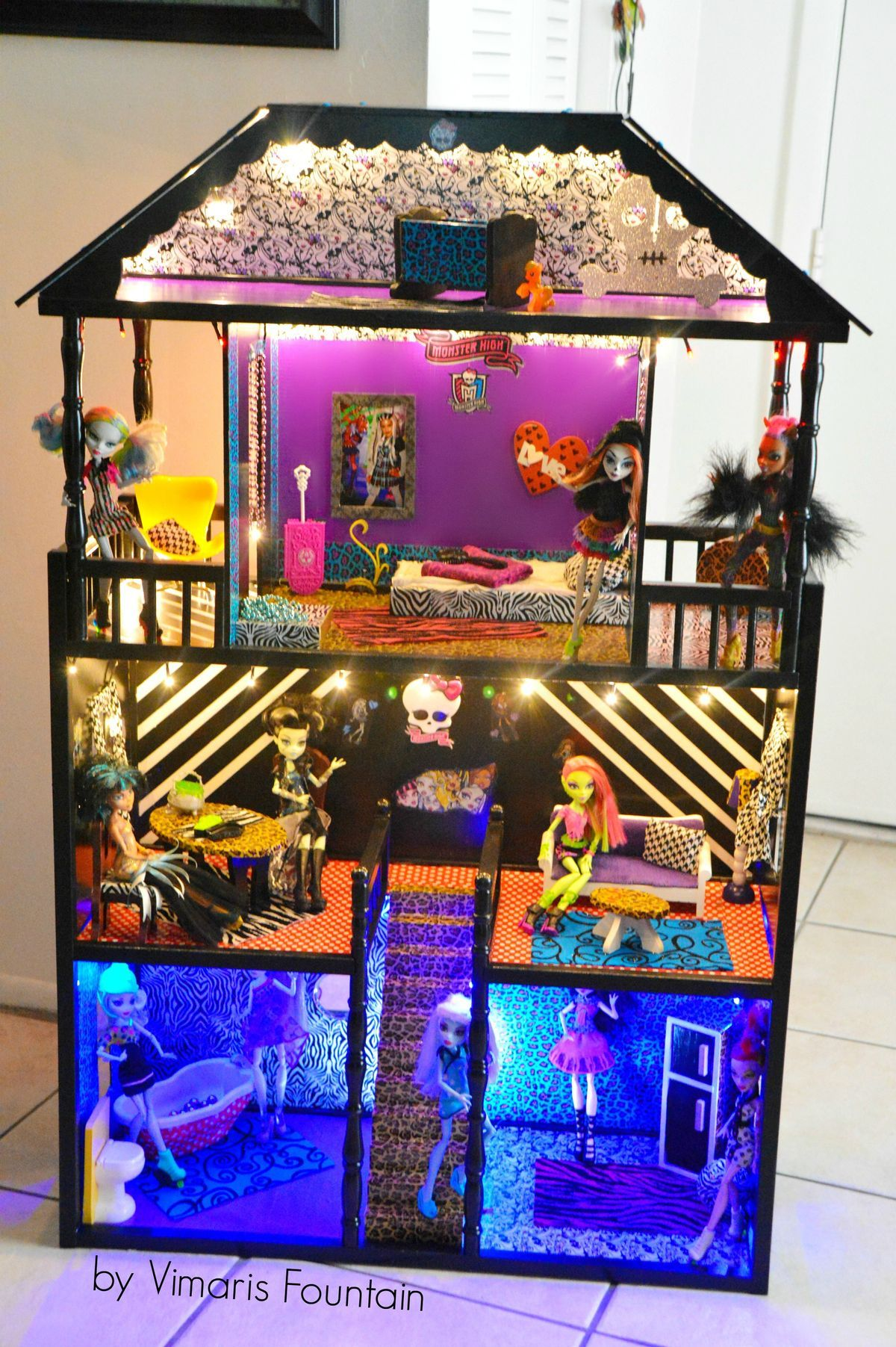 Pin By Bianca Hernandez On Kids Recyclables Monster High Dollhouse