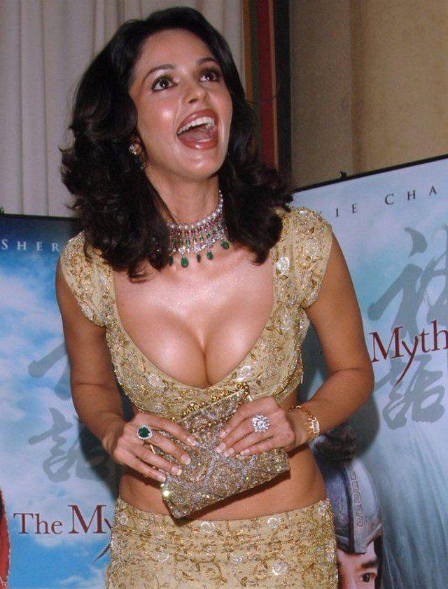 Malika sherawat hot sexy photos