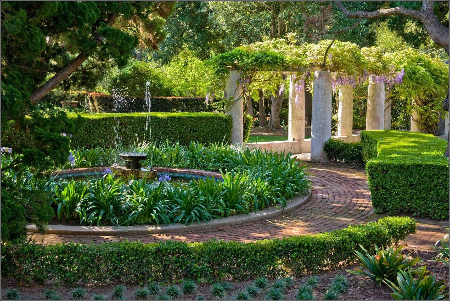 Get An Introduction Of The Landscape Design Principles Discover How The Pr Mediterranean Landscape Design Mediterranean Garden Design Outdoor Landscape Design