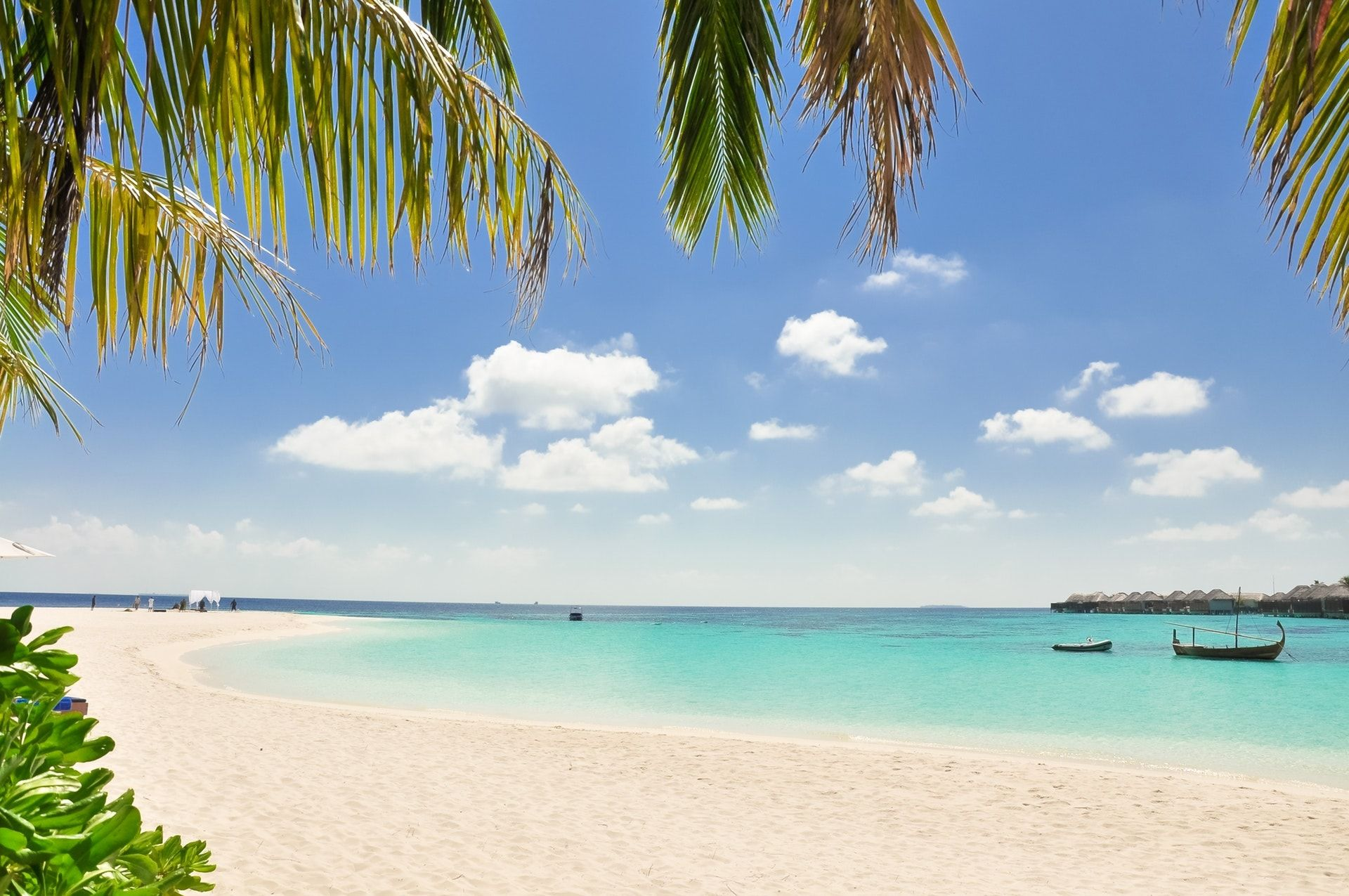13 Gambar Pemandangan Pantai Yang Indah Dipandang