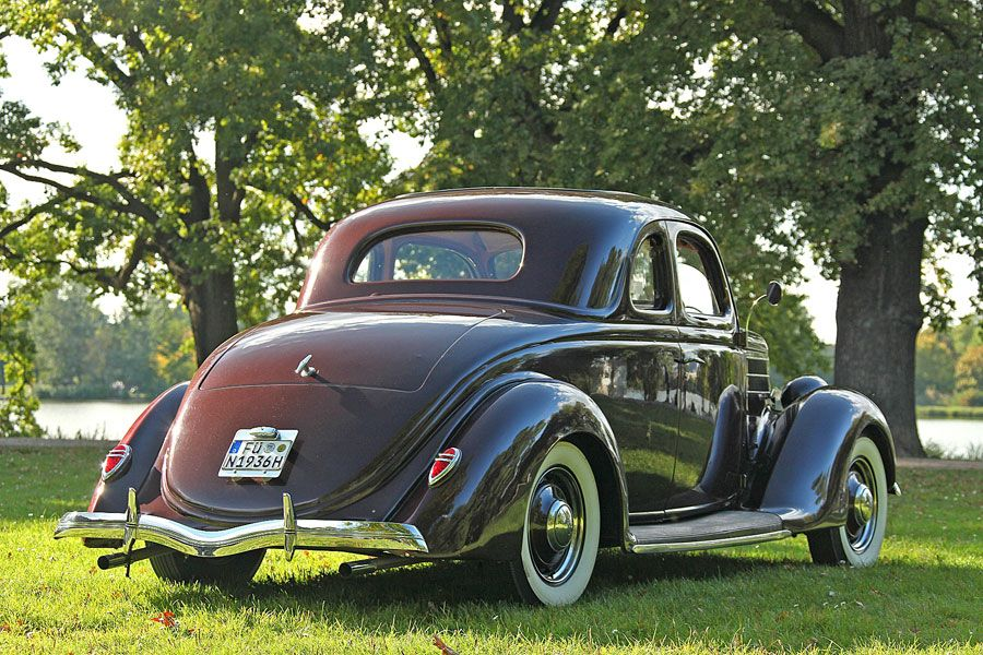 1936 Ford Model 68, 5 Window Coupe