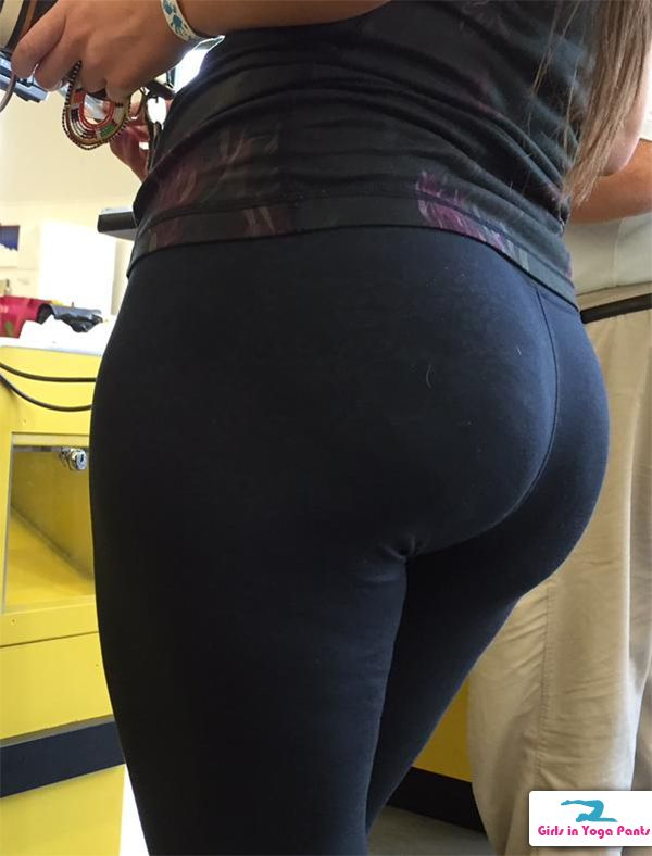 Big Ass Yoga Pants Solo