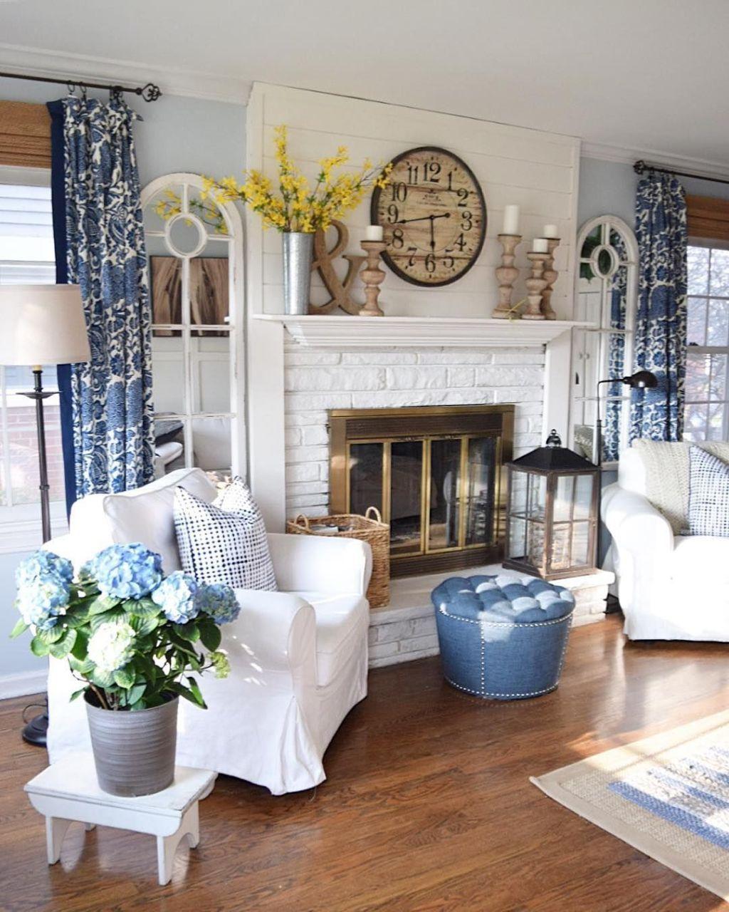 42 Ideas For Living Room Small Rustic Beams Livingroom: BStylish Farmhouse Living Room Curtains Ideas 42