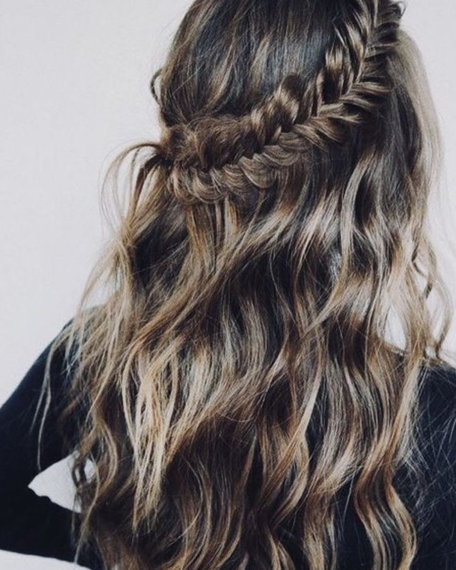 Braid half up half down hairstyle #halfuphalfdown #bohohairstyle #braids
