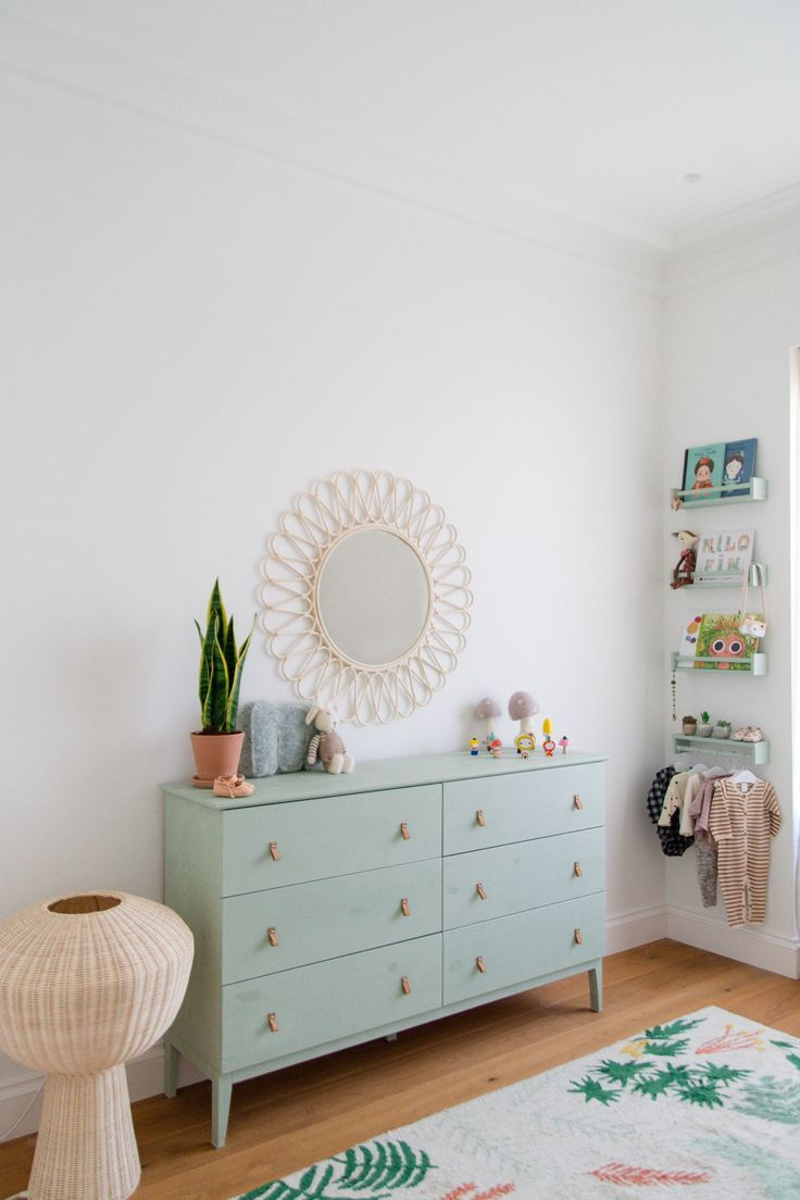 Do You Know How To Light Up Your Children Bedroom Check Here Our First Home Pinterest Dormitorio Bebe Habitaciones Infantiles And Dormitorios Niños