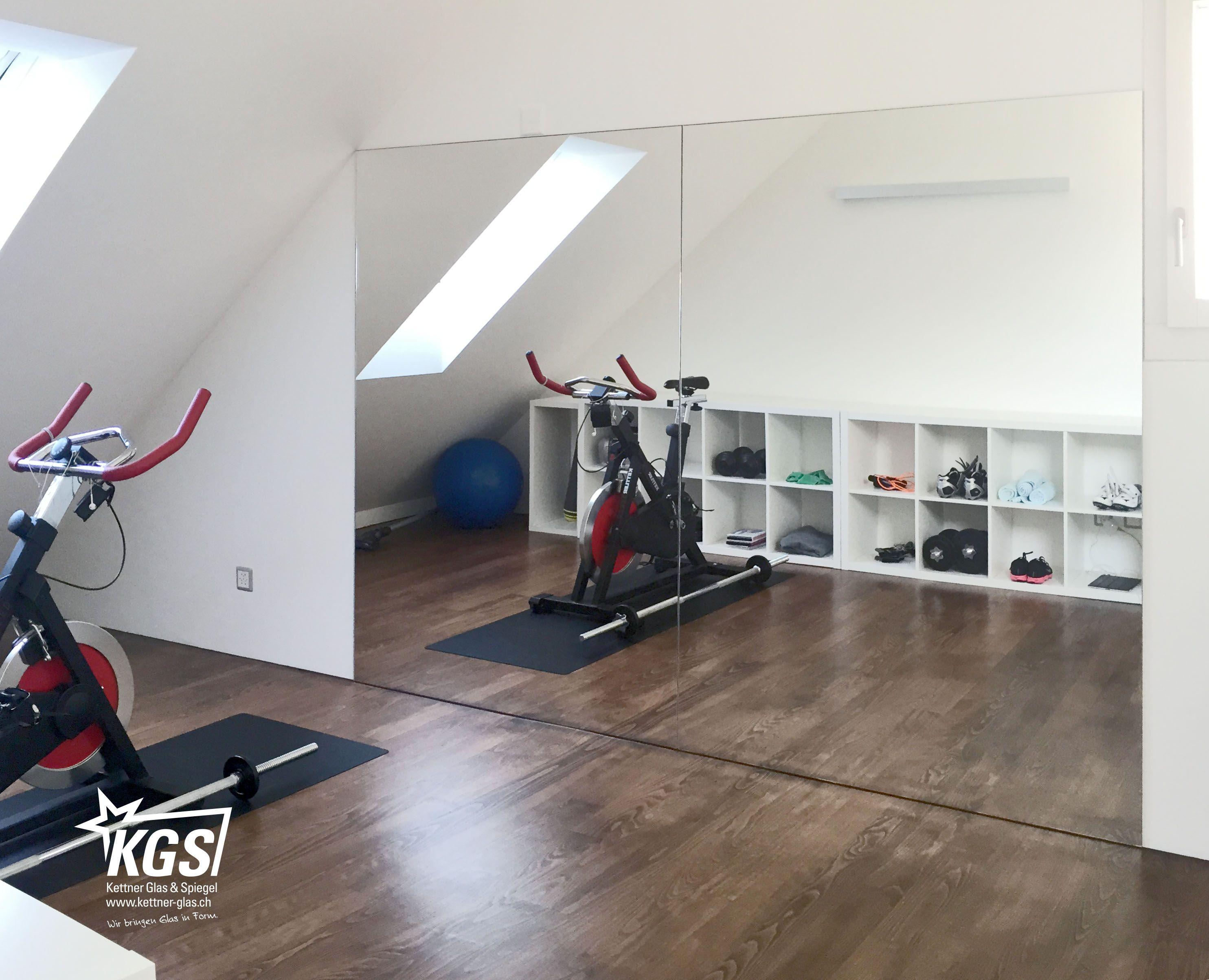 Spiegelwand In Privatem Fitnessraum Von Ihrer Glaserei Grosse Spiegel Oder Spiegelwande Sind Langst Nicht Mehr Nur In Fitnessraum Spiegelwande Sportraum