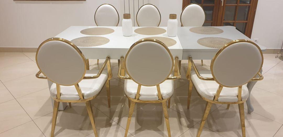Chaises Nemesis En 2020 Chaise Design Table Et Chaises Mobilier De Salon