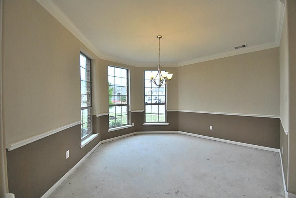 dining room two tone