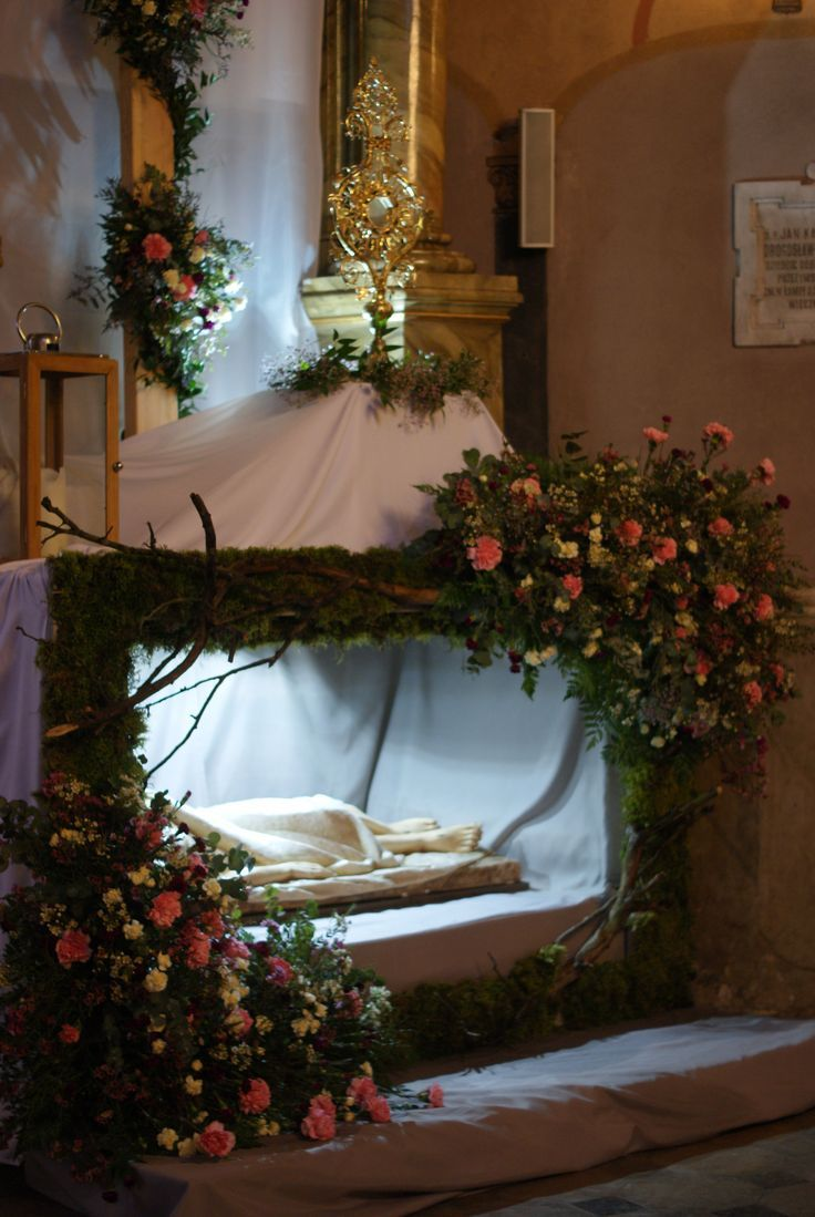 Easter Decorating Ideas For Church Room Ideas Renovation Amazing Church Easter Decorations Advent Church Decorations Church Christmas Decorations