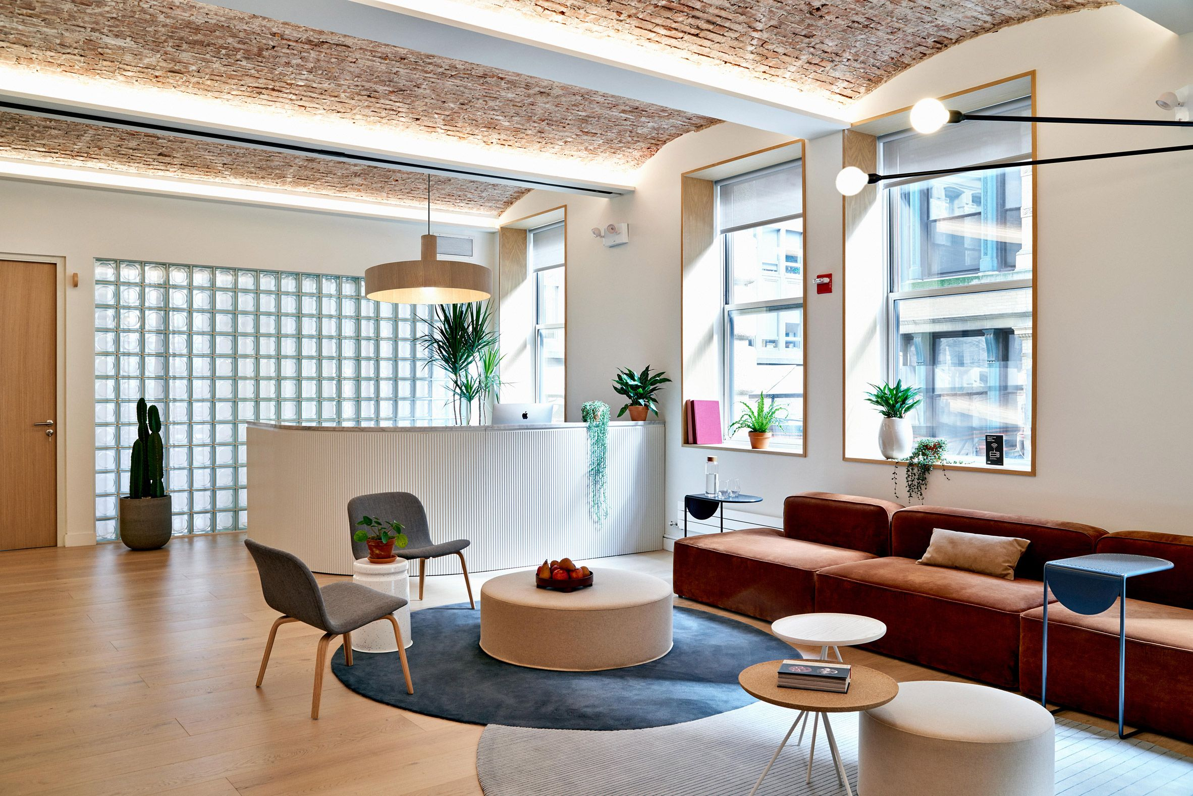 Float Studio designs rentable offices for Meet in Place in