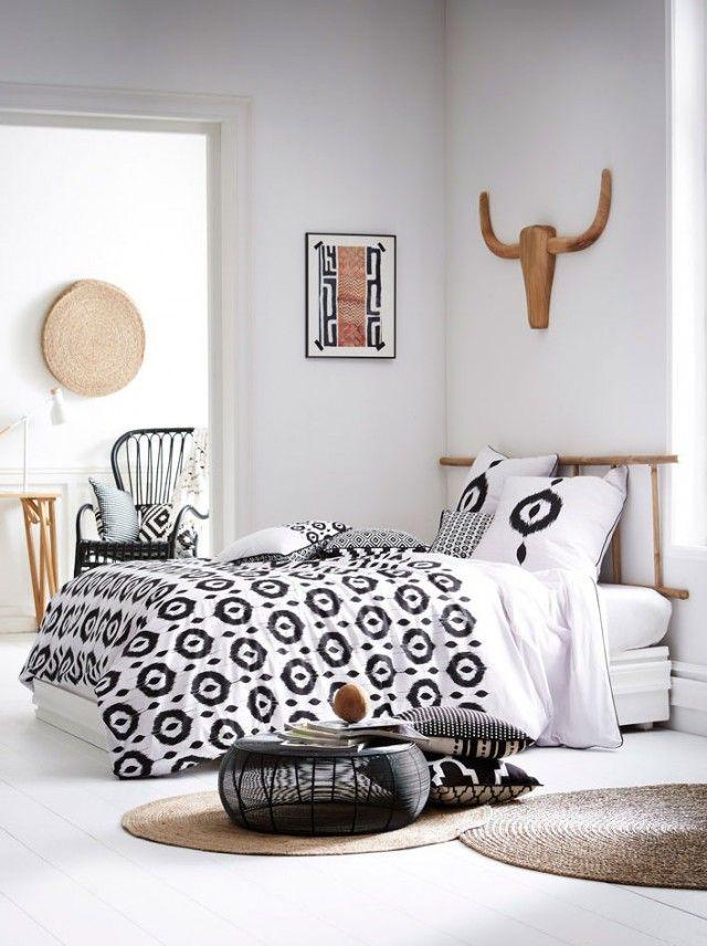 les 25 meilleures id es de la cat gorie tetes de lits originales sur pinterest. Black Bedroom Furniture Sets. Home Design Ideas