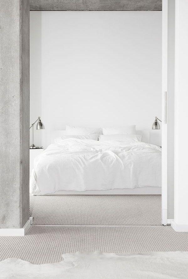 puristisches, weisses Schlafzimmer ähnliche tolle Projekte und - schlafzimmer ideen weiß