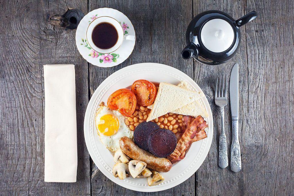 Engels ontbijt  Hoi #Maria_Pura wij zouden graag op je board **Recepten in het Nederlands** willen pinnen.