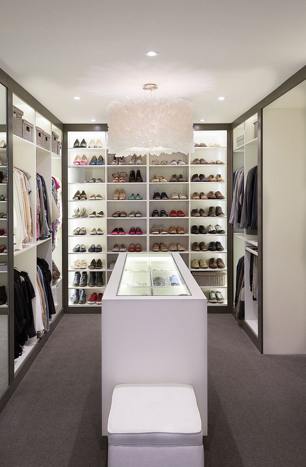 Dressing Rooms Designs Pictures: U Shaped Dressing Room With Hanger And Rack System Closet