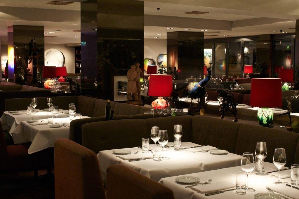 """""""Das ist kein übliches Restaurant,das sind Cinemascope-Gefühle; überschwängliche Breitleinwand-Emotionen... hier würde James Bond auch gerne sitzen"""""""
