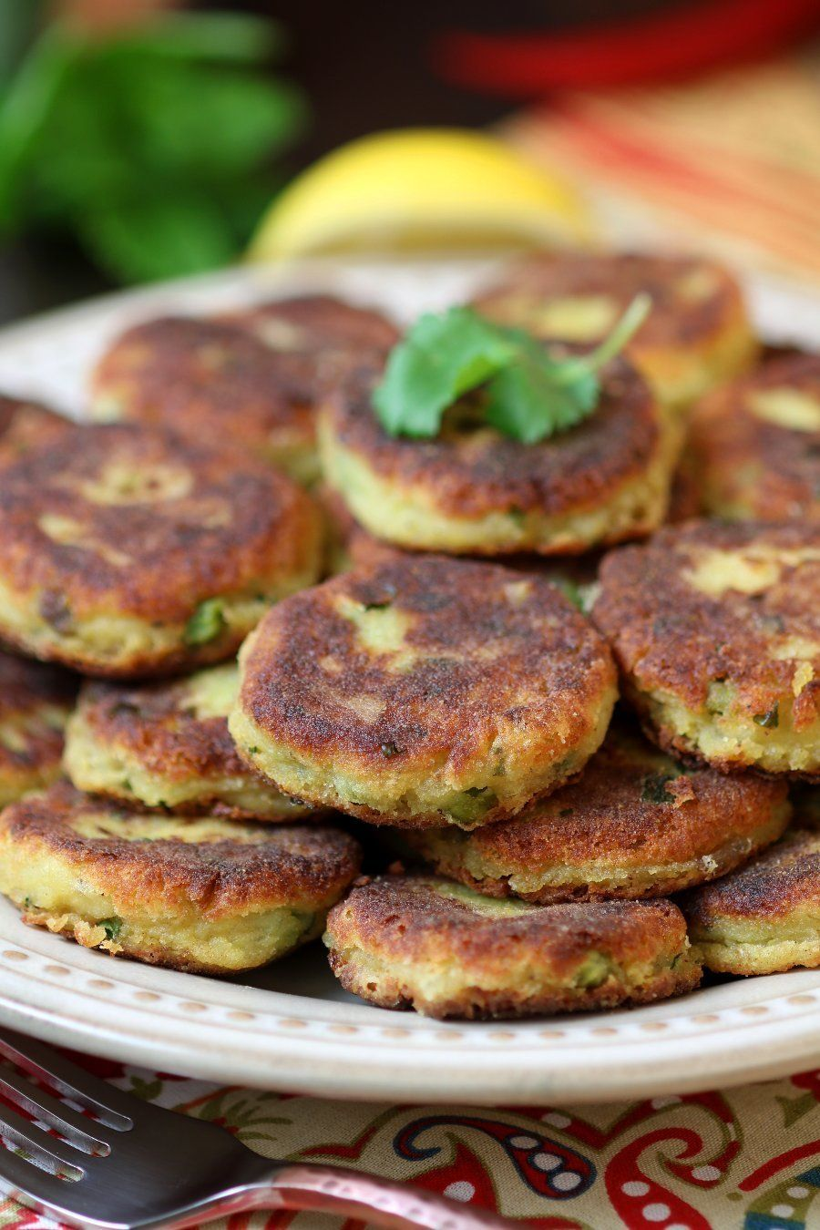 spiced potato patties aloo tikki recipe potato patties vegan dishes snack recipes on hebbar s kitchen recipes aloo tikki id=95638