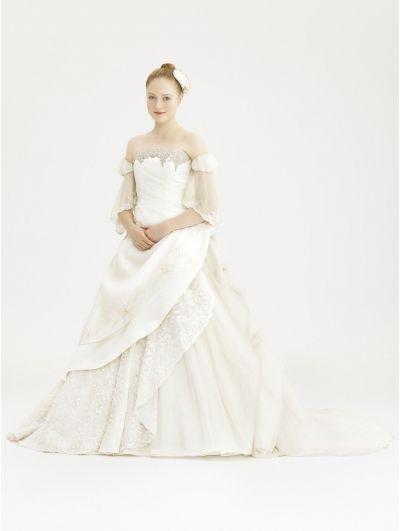 Off-the-Shoulder Vintage Victorian Wedding Dress   Modern & Vintage ...