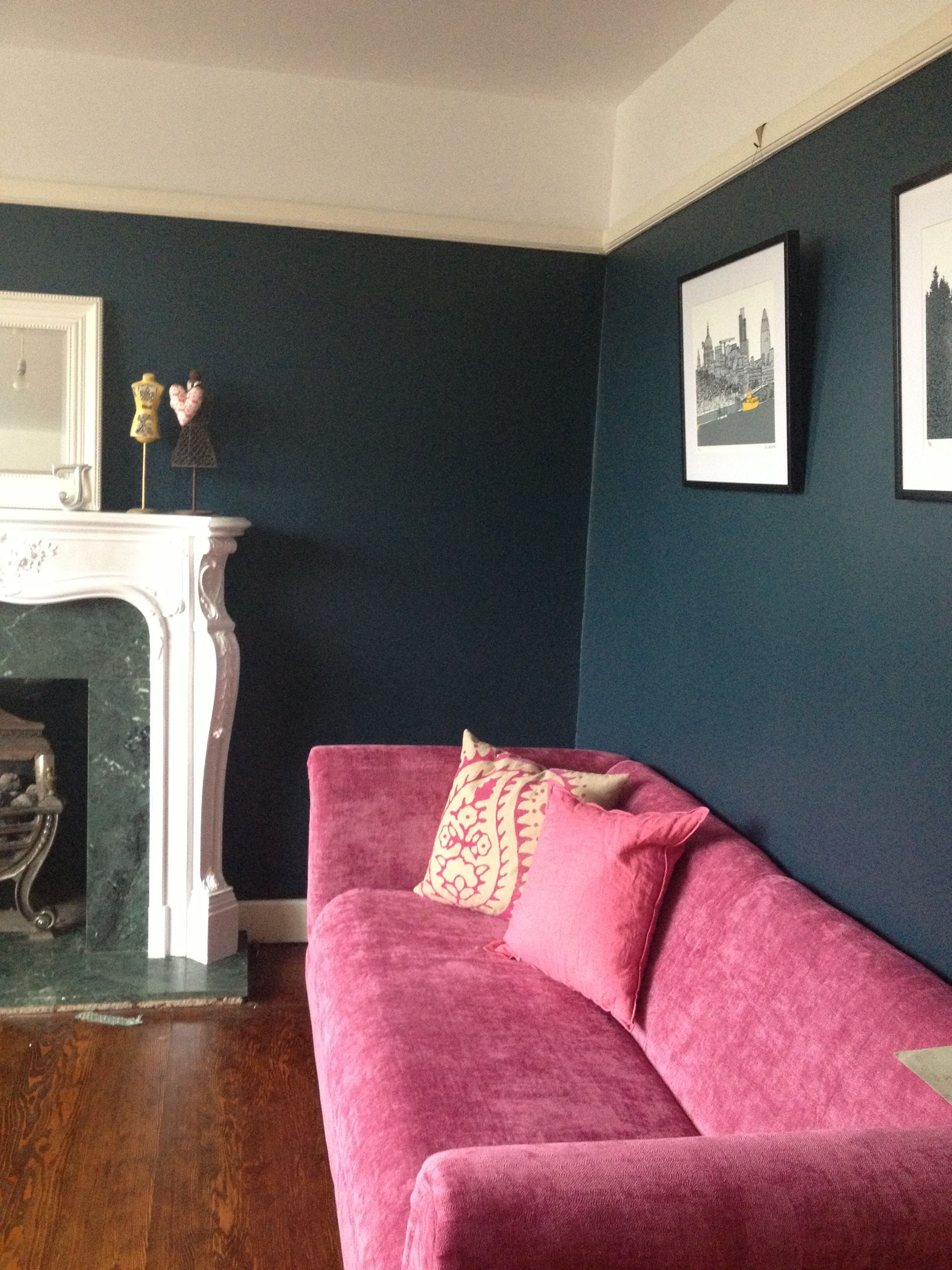 Best Hague Blue Farrow And Ball Navy Walls And Pink Sofa Blue 640 x 480