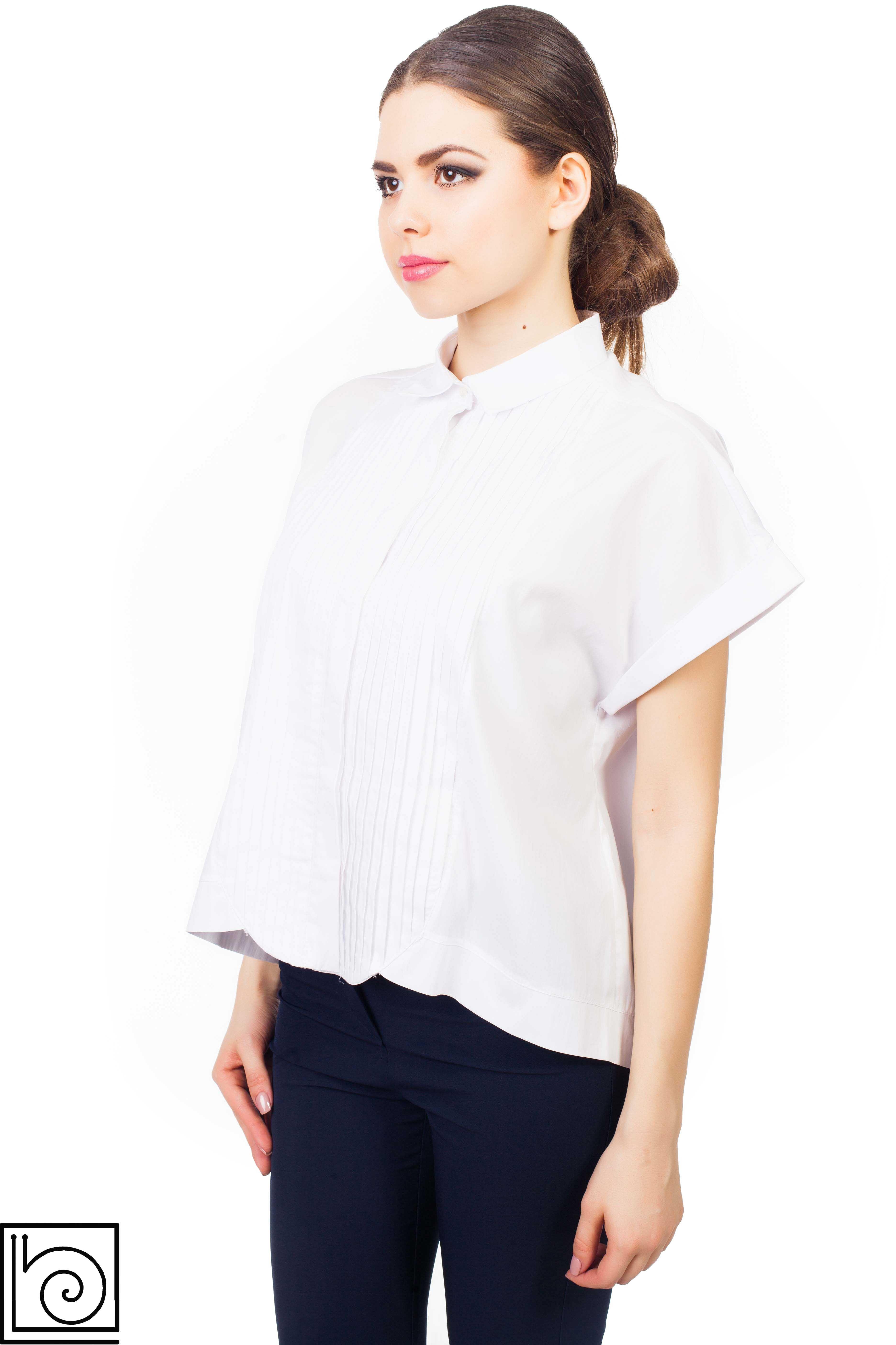Блуза молочного цвета с короткими рукавами