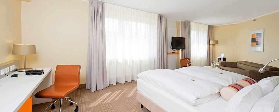 Hotel Park Inn by Radisson Dortmund   Superior Room / Zimmer