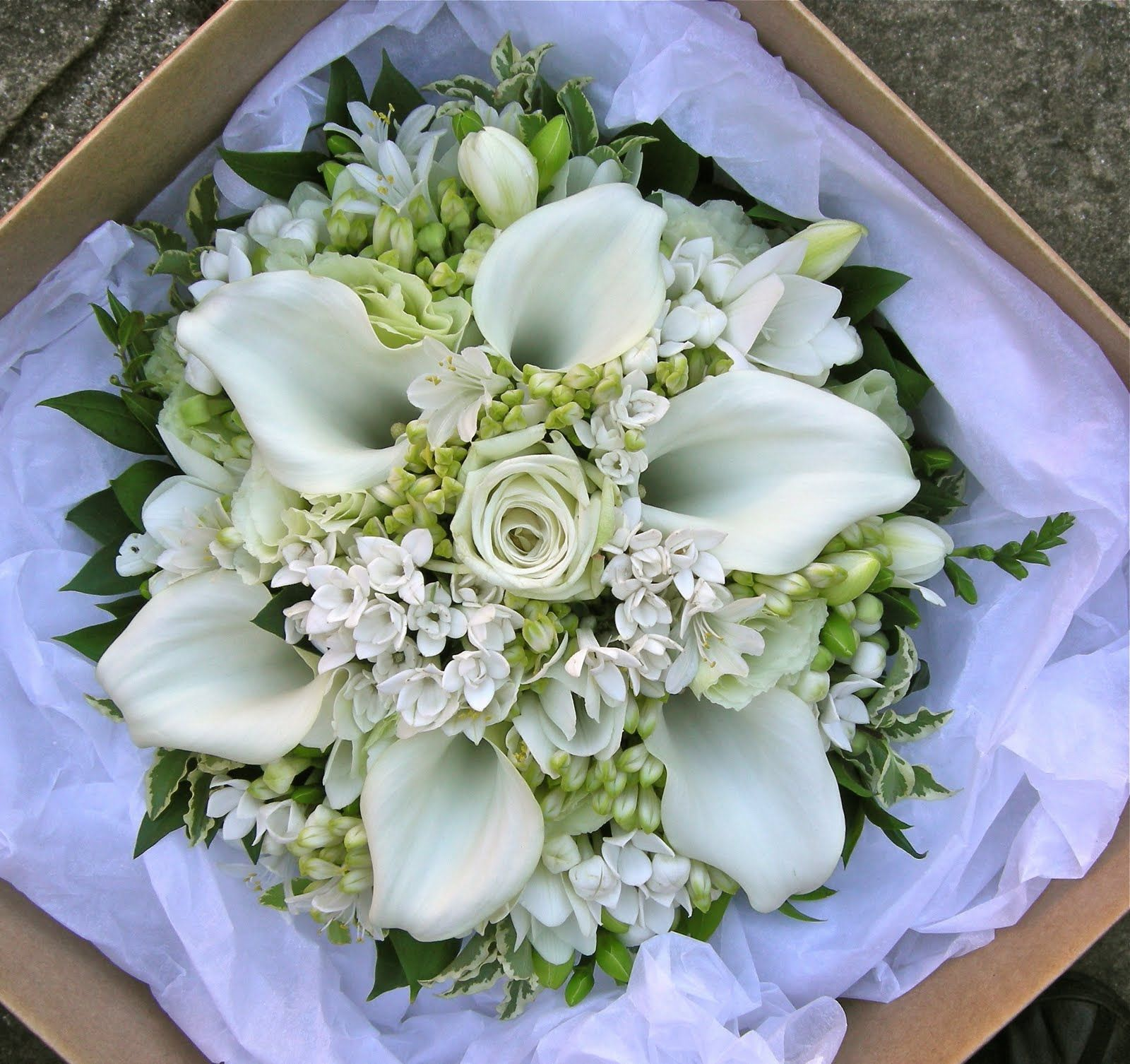 Alison's pale green and white wedding flowers, Potters