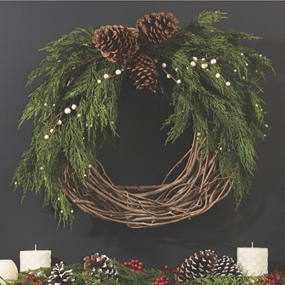 Photo of 48 On a small budget DIY Christmas wreath to decorate your door – GODIYGO.COM