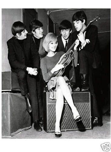 Les Beatles Sylvie Vartan Moicani L Odeonie Les Beatles Beatles Johnny Hallyday