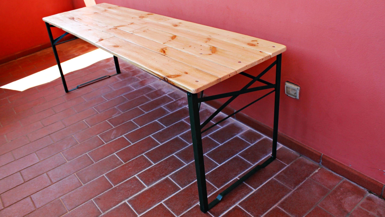 Vendita Gambe Pieghevoli Per Tavoli.Costruire Un Tavolo Pieghevole Con I Pallet Fai Da Te Tavolo