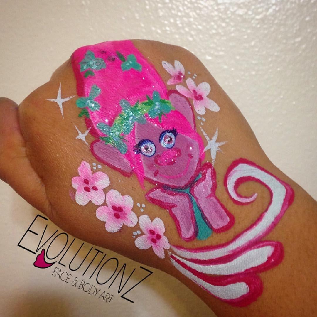 Poppy Troll face painting design.   Trolls Birthday Party Planning ...