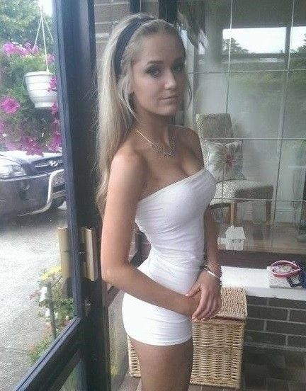 petite naked girls in mini skirts