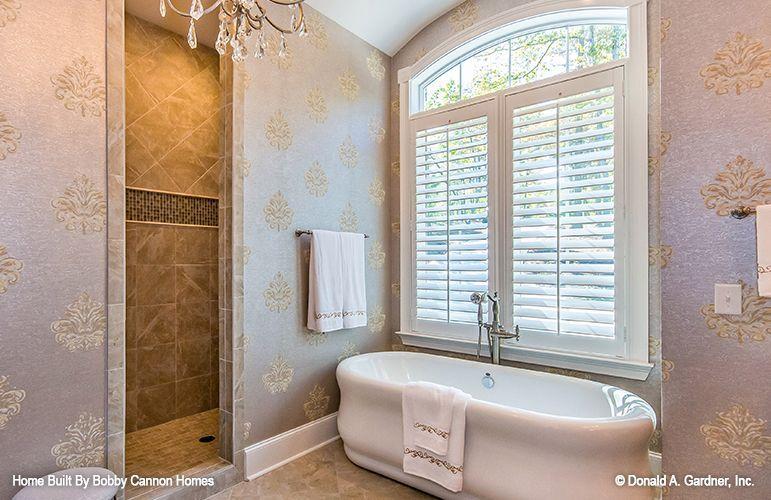 Current Interior And Exterior Design Trends Fascinating Bath Remodeling Exterior Design