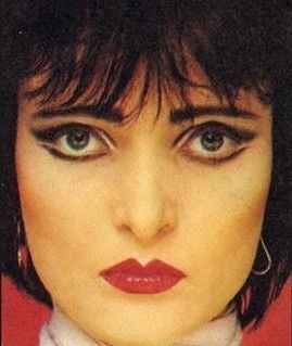What big eyes you have, Siouxsie Sioux.