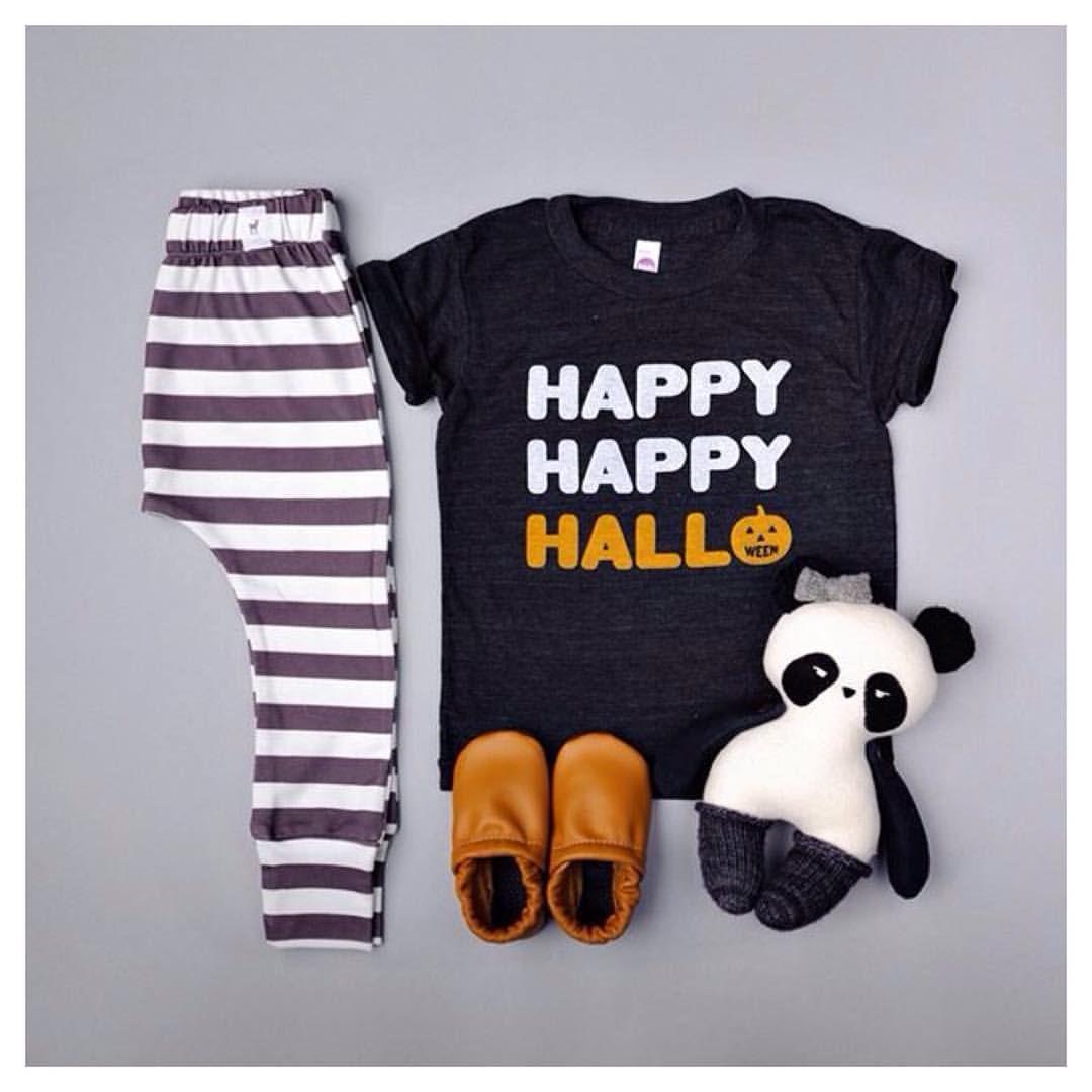 "leggings #fawnkidsclothing || tee #camplightapparel || panda #iloveyouspidersandbats || moccs #starryknightdesign || #fawnkidsootd"""