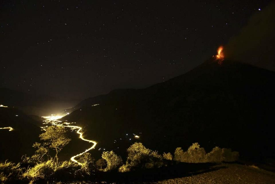 volcan Tunguragua en Ecuador
