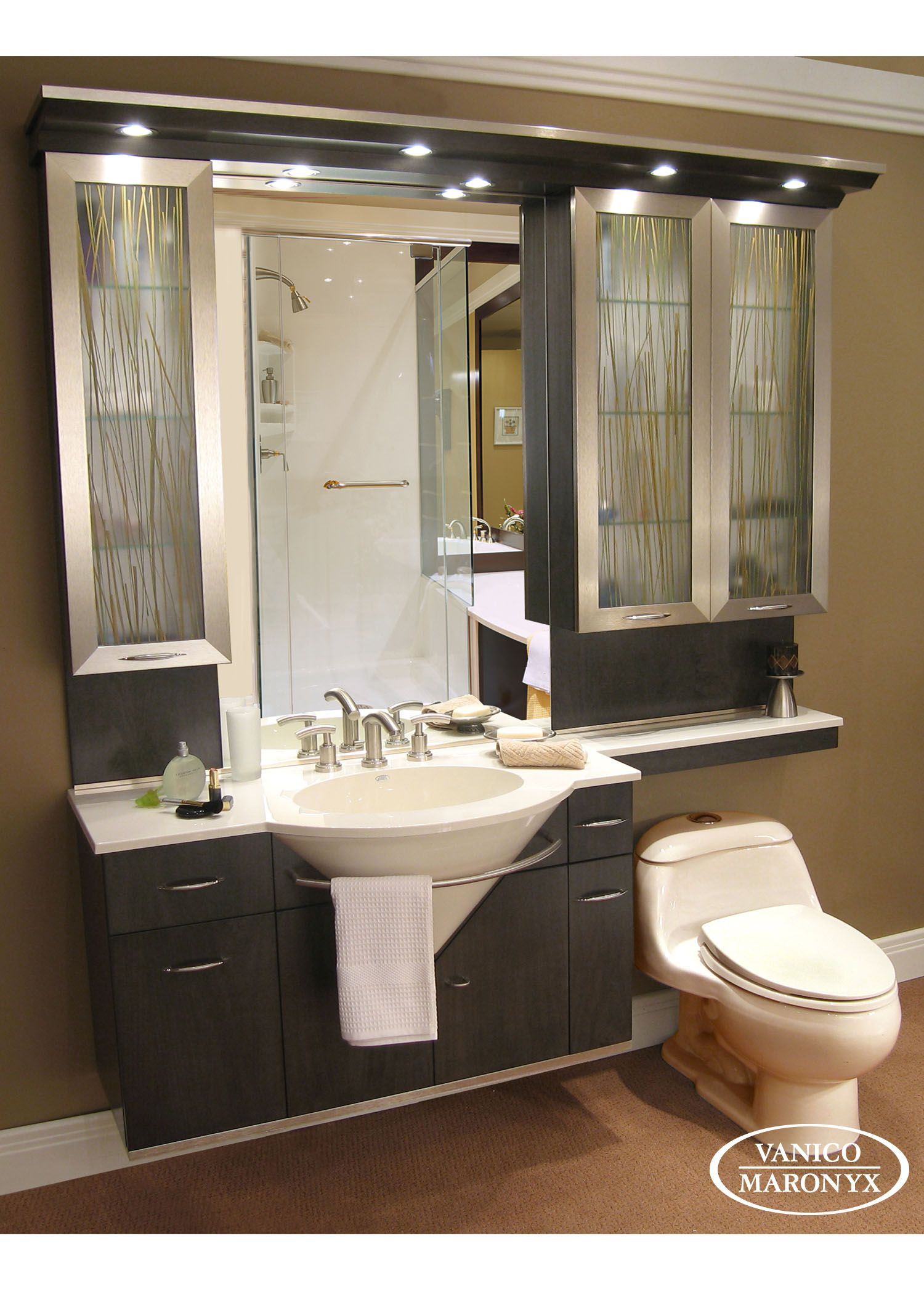 Modern black bath vanity by Vanico Maronyx / Avanti